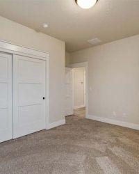 40-Bedroom